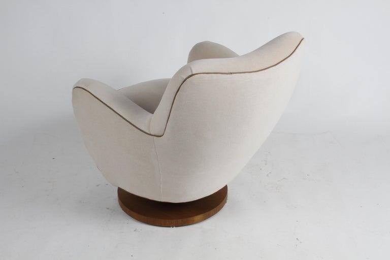 Mid-20th Century Vladimir Kagan Tilt-Swivel Barrel Lounge Chair Model 100-S w/ Holly Hunt Velvet For Sale