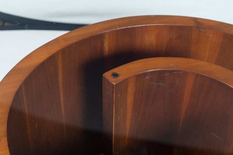 Vladimir Kagan Wood Snail Table In Good Condition In Stamford, CT