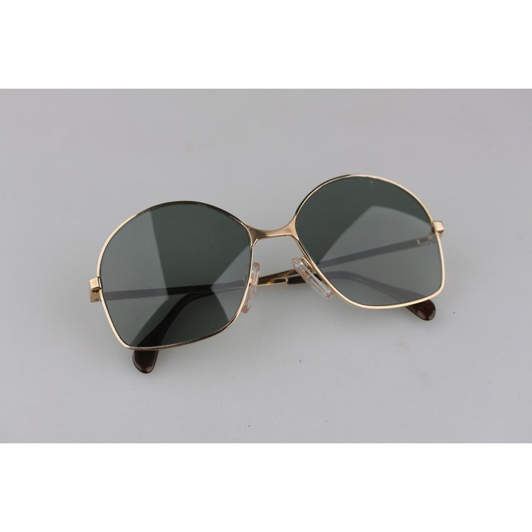 MATERIAL: Gold Filled  COLOR: Gold  MODEL: 516  GENDER: Adult Unisex  SIZE:  COUNTRY OF MANUFACTURE: Germany  Condition CONDITION DETAILS:  New Old Stock - Never Worn or Used  Measurements MEASUREMENTS:  TEMPLE MAX. LENGTH: 135 mm  EYE / LENS MAX.