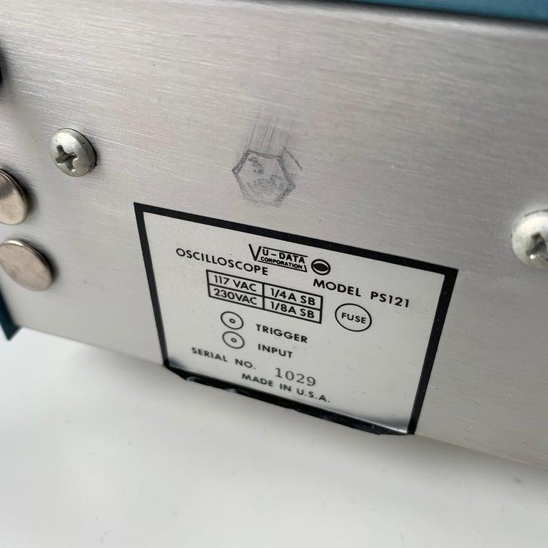 VU DATA Corporation Series PS121 Mini-Portable Oscilloscope For Sale 9