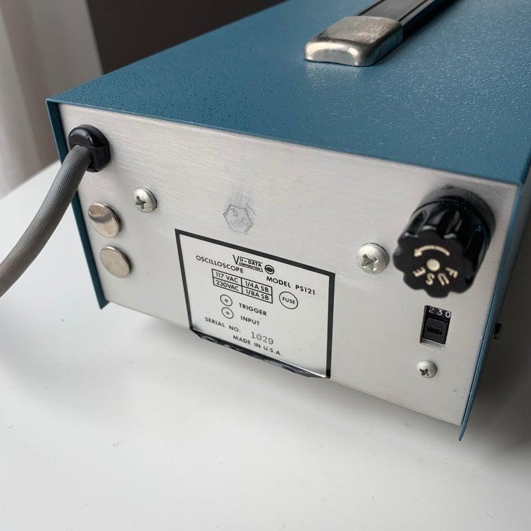 VU DATA Corporation Series PS121 Mini-Portable Oscilloscope For Sale 10