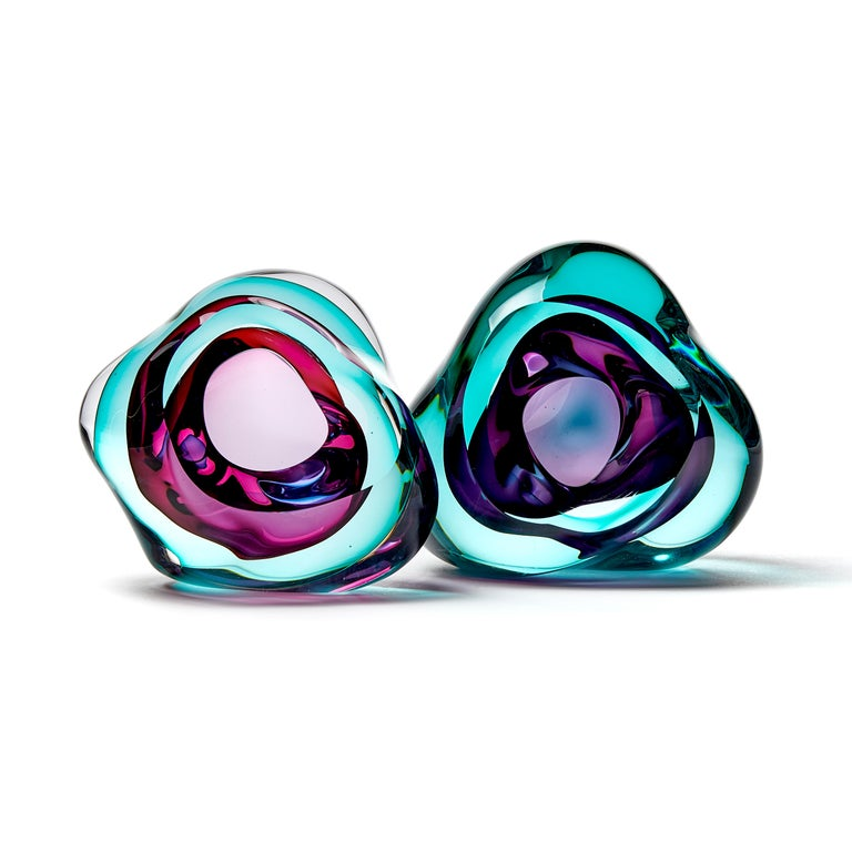 Vug in Emerald and Purple, a Unique Glass Sculpture by Samantha Donaldson In New Condition For Sale In London, GB