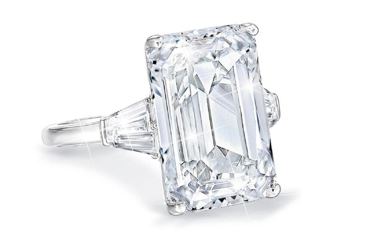 Modern  GIA Certified 4 Carat Emerald Cut Diamond F Color VVS1 Clarity For Sale