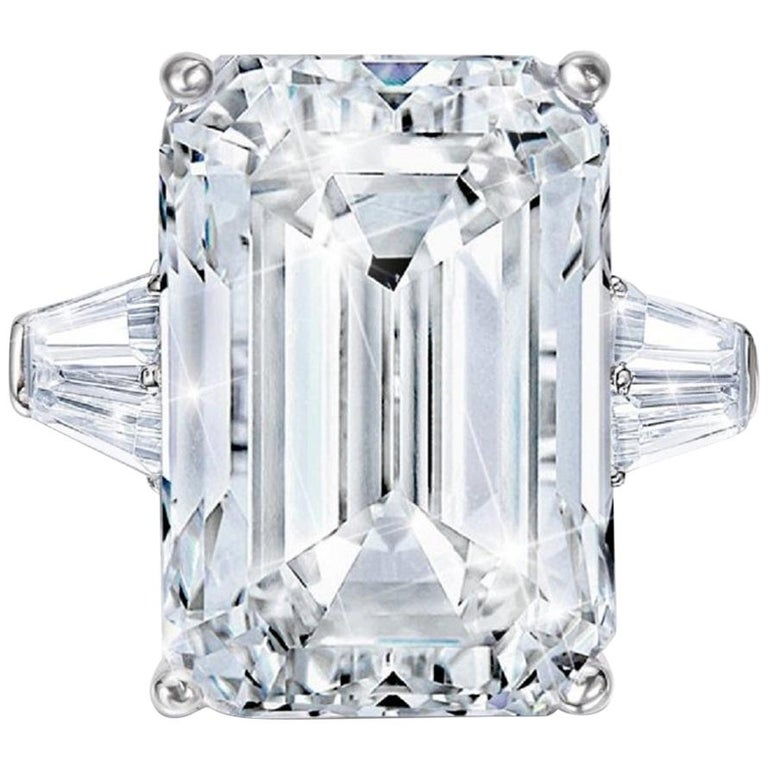 GIA Certified 4 Carat Emerald Cut Diamond F Color VVS1 Clarity For Sale