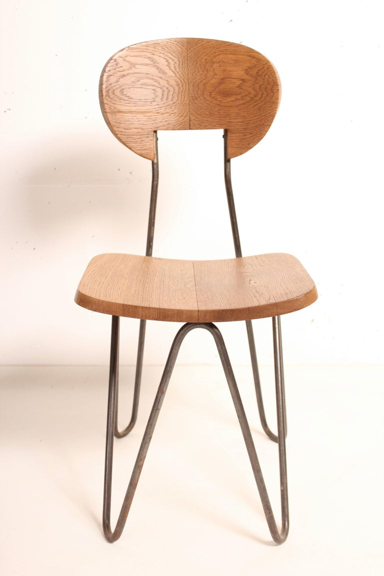 Developed by the architect and designer César Janello (1918-1985) between 1944 and 1951, the