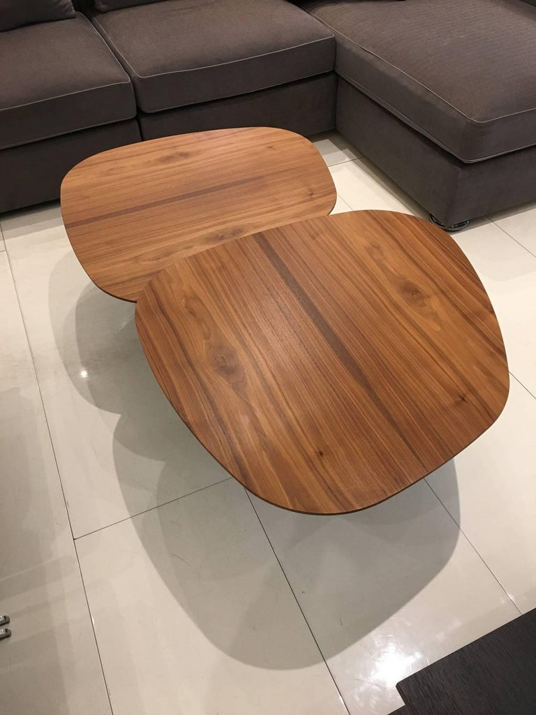 Modern Waage Coffee Table with Rotating Walnut Wood Tops and Black Base by Draenert For Sale