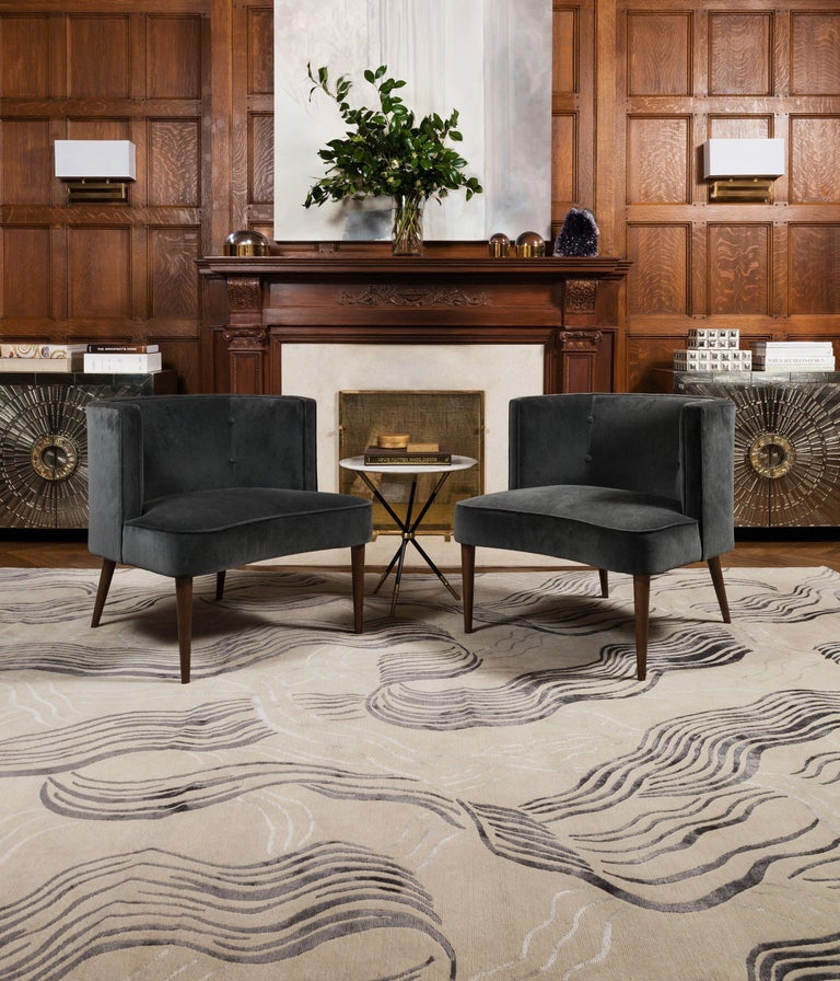 Wake is a hand-painted design inspired by the fluidity of water. Kelly Wearstler says: It is a confident yet transitional pattern. The intricacy of the line work feels sophisticated, while layered hues channel a sense of rich dimension and texture.