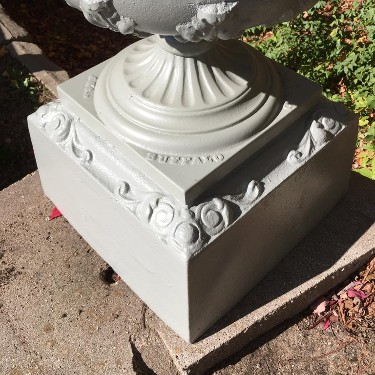 Walbridge of Buffalo Cast Iron Reservoir Vase For Sale 3