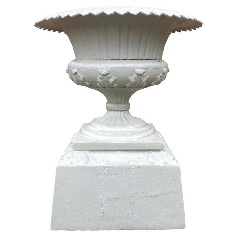 Walbridge of Buffalo Cast Iron Reservoir Vase For Sale