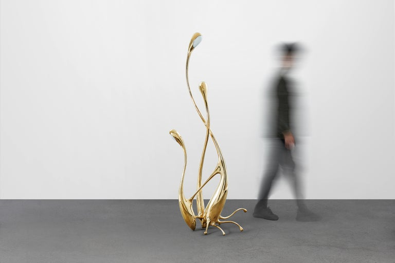 The walking floor lamp can also be used as a sculpture or an accent piece in the interior. It is handmade by renowned Chinese artist Zhipeng Tan and can be customized in size and color.  Keyword: Floor lamp, lighting, sculpture  About the