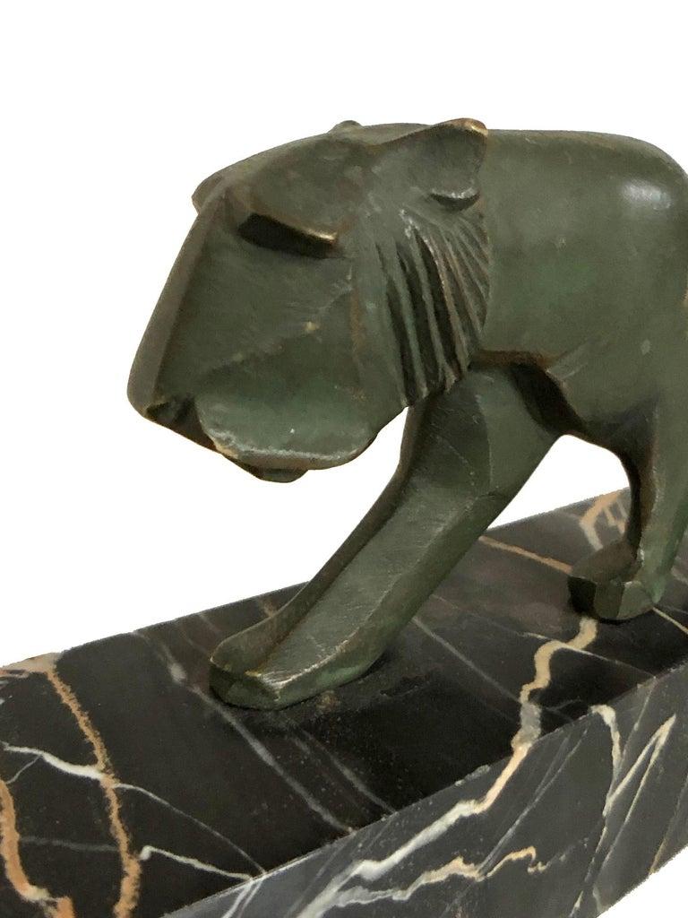 Walking Lion, Art Deco Bronze Sculpture on Marble Base, France, 1930s For Sale 4