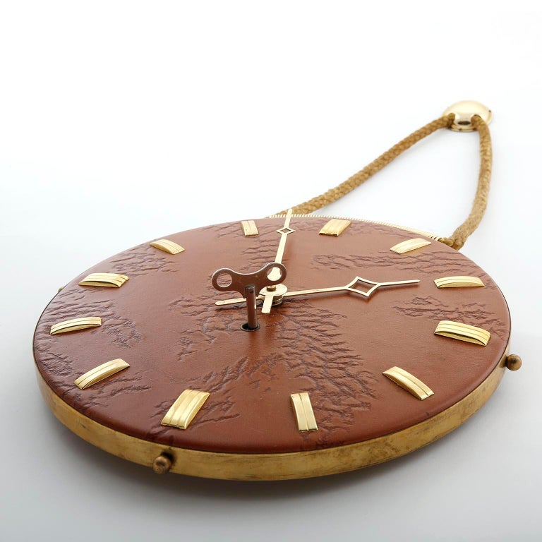 Wall Clock Leather Brass, 1960s In Excellent Condition For Sale In Graz, AT