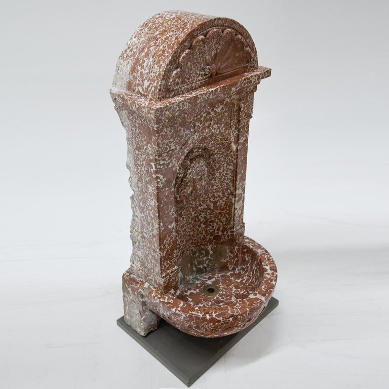 Wall Fountain out of Adnet Marble, 19th Century For Sale 1