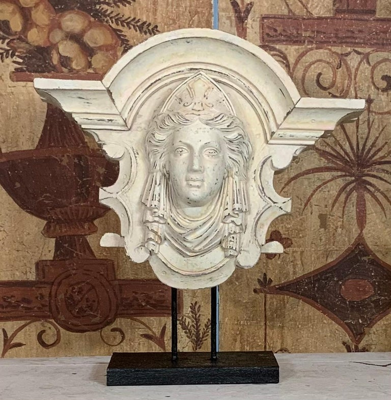 Wall Hanging Minerva In Good Condition In Delray Beach, FL