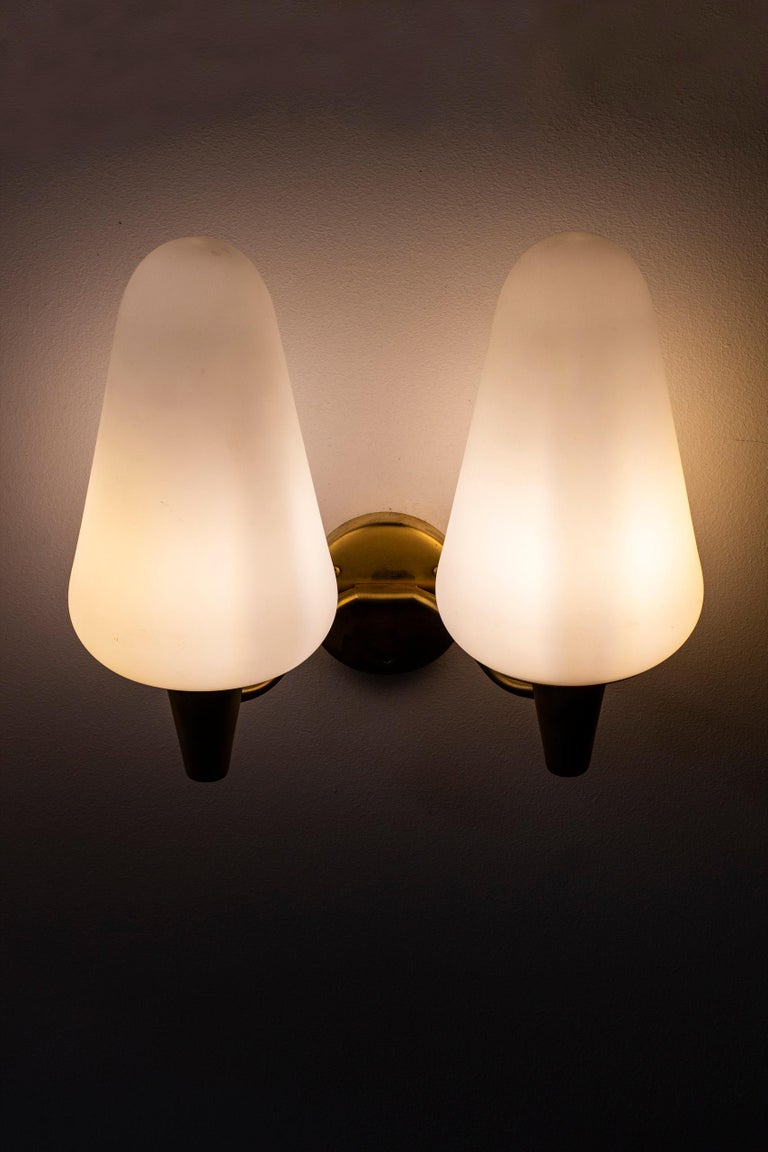 Wall Lamps in Brass and Glass by Böhlmarks Lamp Fabric, Sweden For Sale 5