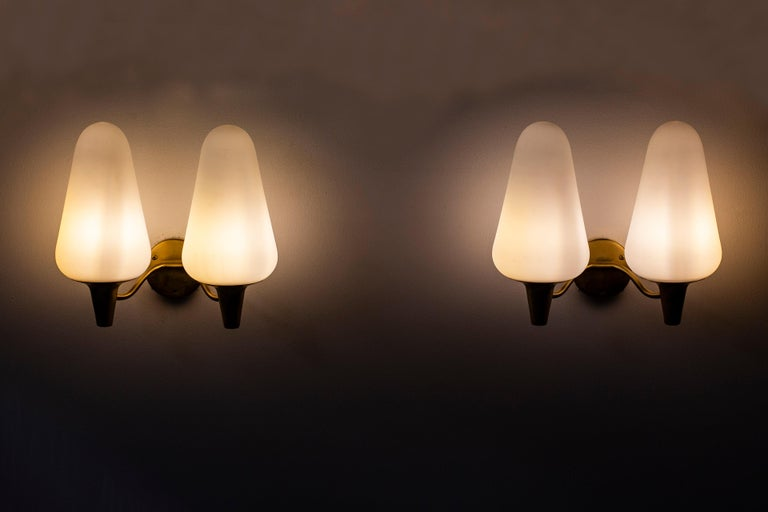 Wall Lamps in Brass and Glass by Böhlmarks Lamp Fabric, Sweden For Sale 3