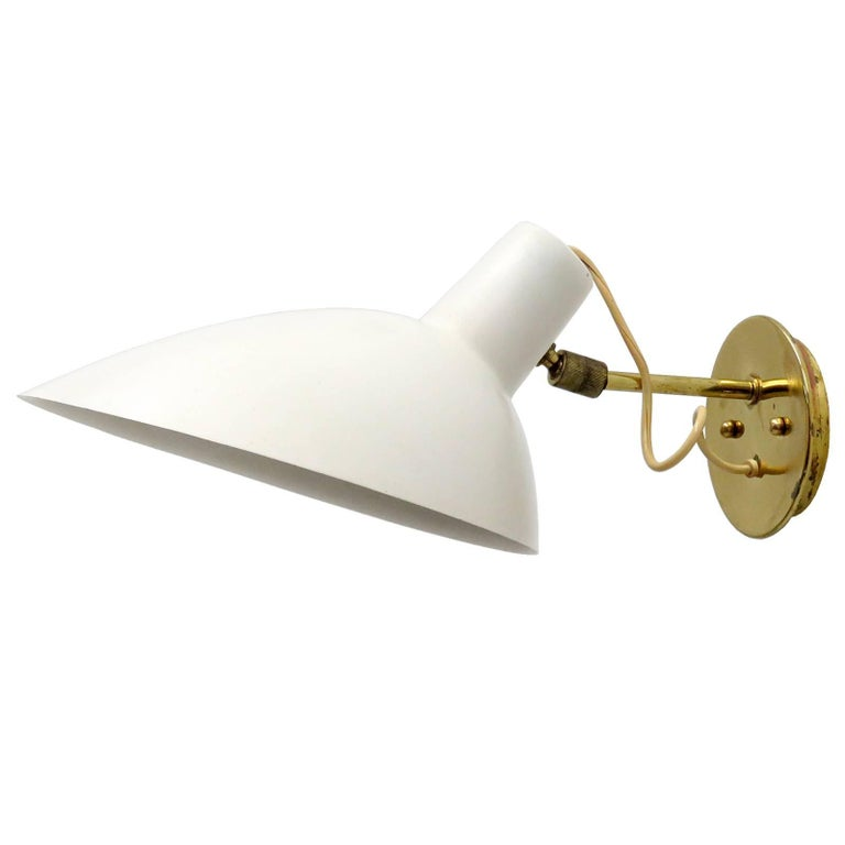 Wall Light by Vittoriano Viganò for Arteluce, 1950s For Sale