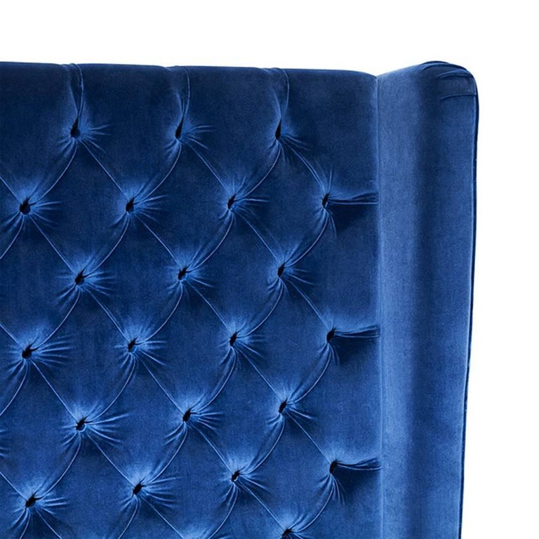 Wall Sofa Capitonated with Red or Blue or Green Velvet In Excellent Condition For Sale In Paris, FR