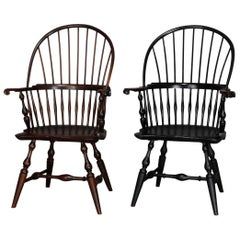 Wallace Nutting Americana Handmade Fan-Back Oak Windsor Chairs, 20th Century