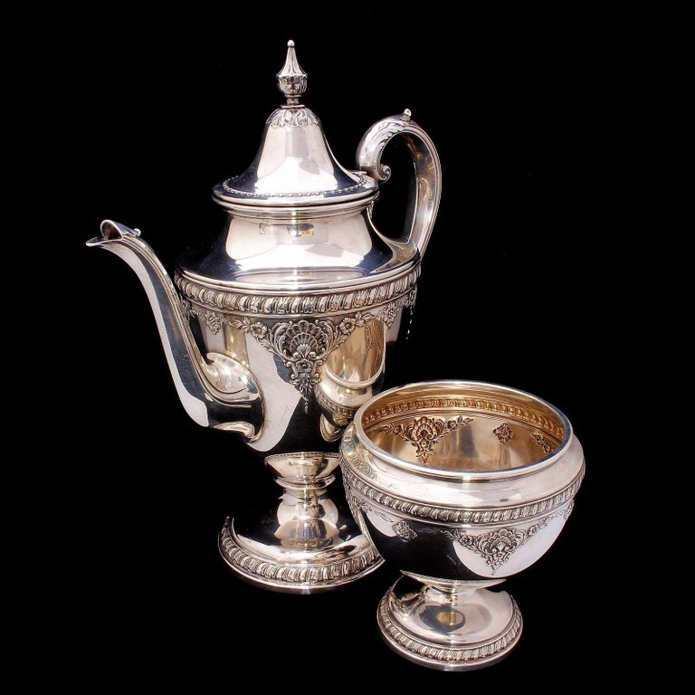 Romantic Wallace Sir Christopher Sterling Silver Tea and Coffee Pot Set 4050 For Sale