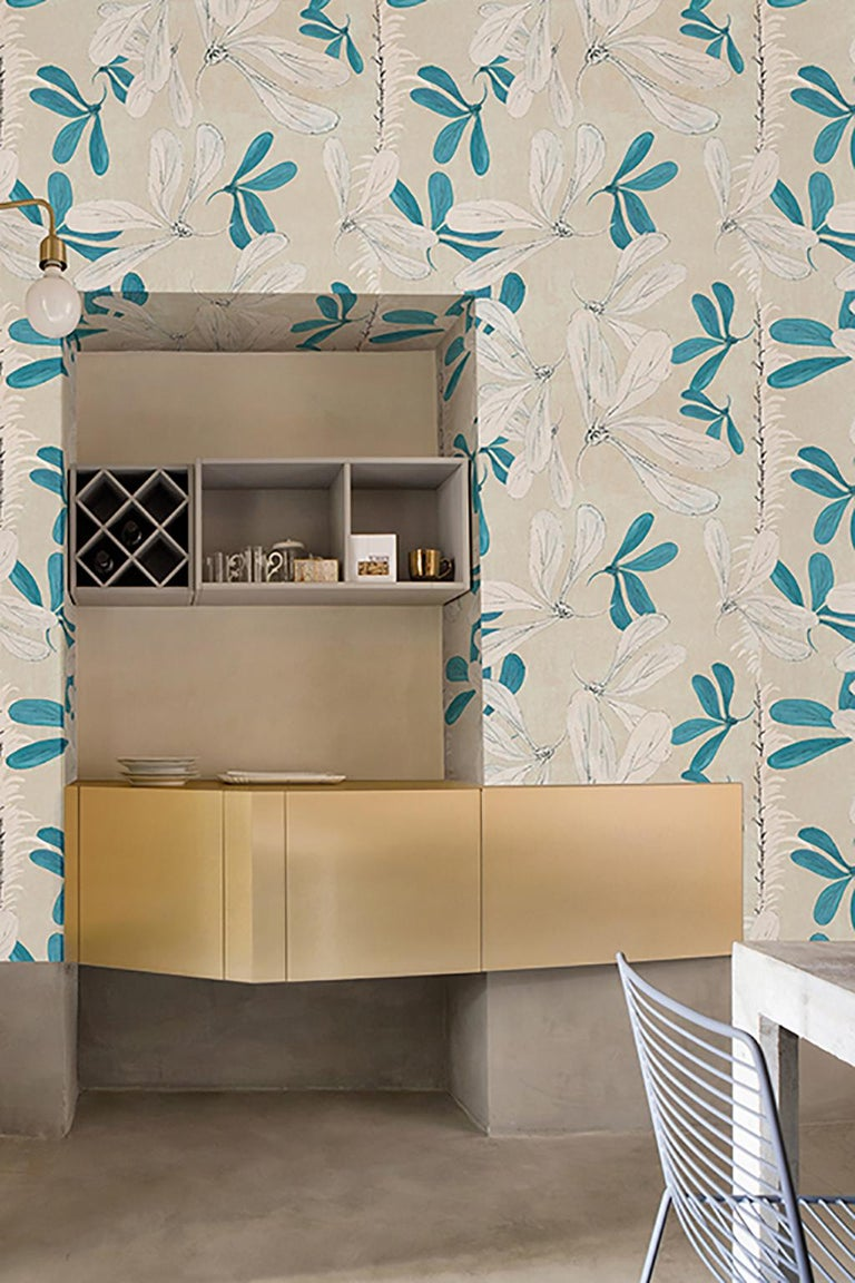 Wall&decò turns from photographs to wall paintings, from tromp-l'oeils to macro-designs on material backgrounds into a vertical wall pattern, with truly original visual effects.  Digital printed vinyl wallpaper with nonwoven backing  Roll size: