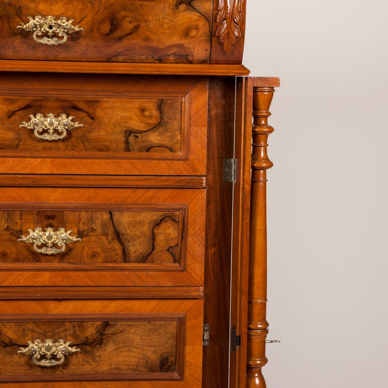 Walnut and Burr Walnut Chest of Drawers For Sale 1