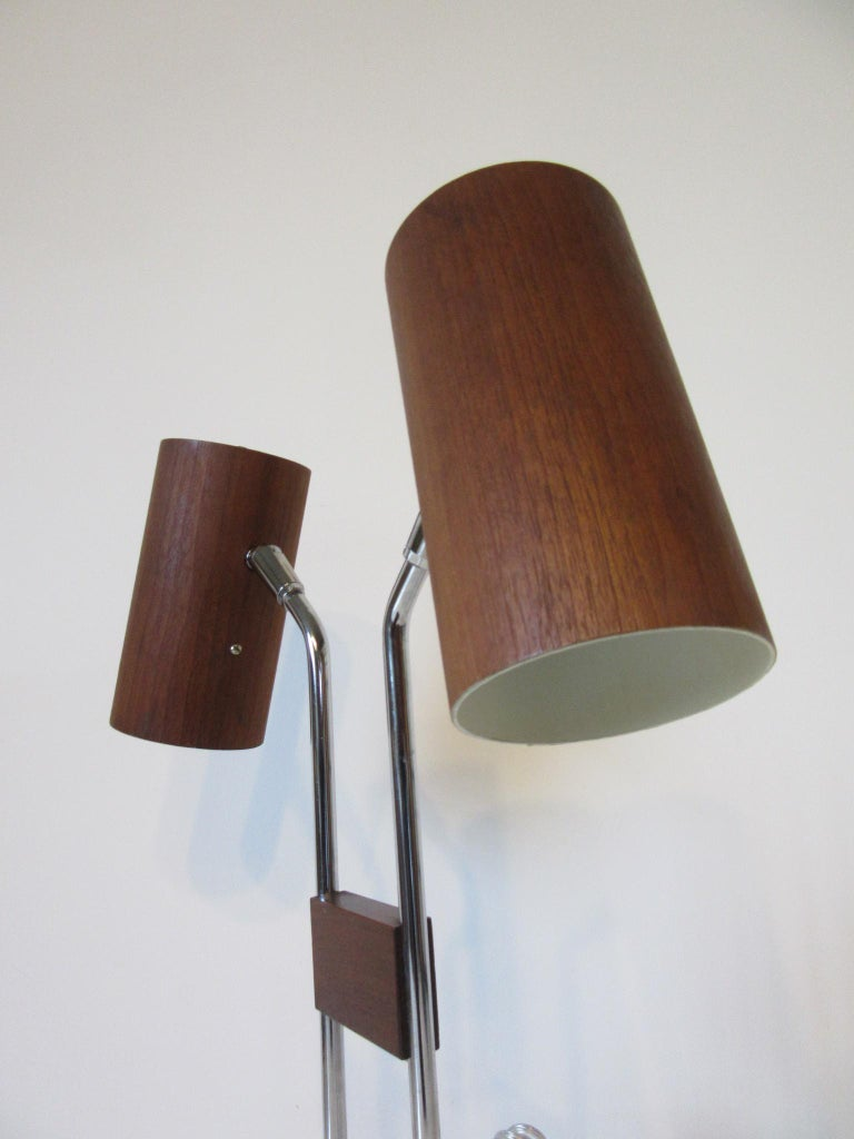 Mid-Century Modern Walnut and Chrome Table Lamp by George Kovacs For Sale