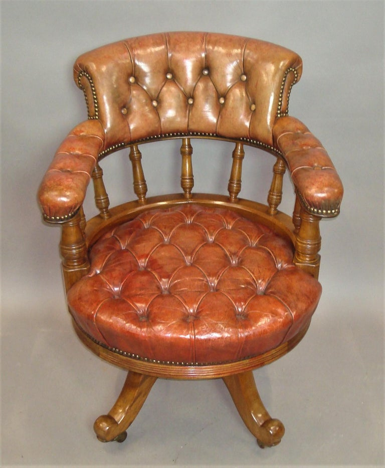 Walnut and Leather Revolving Desk Chair, 19th Century 3