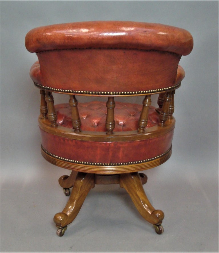 Walnut and Leather Revolving Desk Chair, 19th Century 5