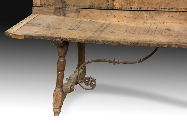 Baroque Walnut and Wrought Iron Bench, 17th Century For Sale