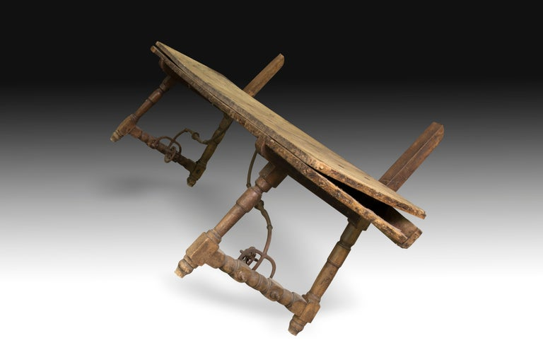 Hand-Crafted Walnut and Wrought Iron Bench, 17th Century For Sale