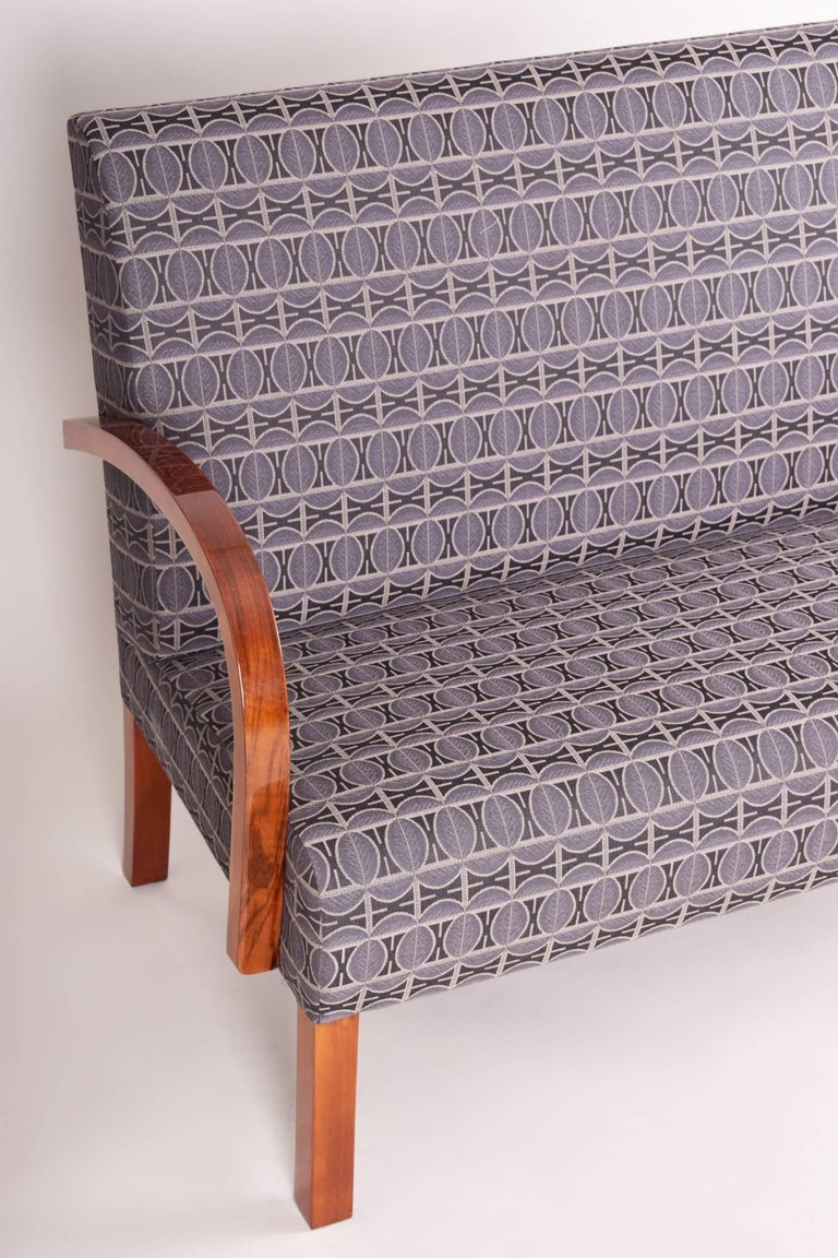 Walnut Art Deco Three-Piece Suite from Czechoslovakia, Period 1930-1940 In Excellent Condition For Sale In Prague 1, CZ