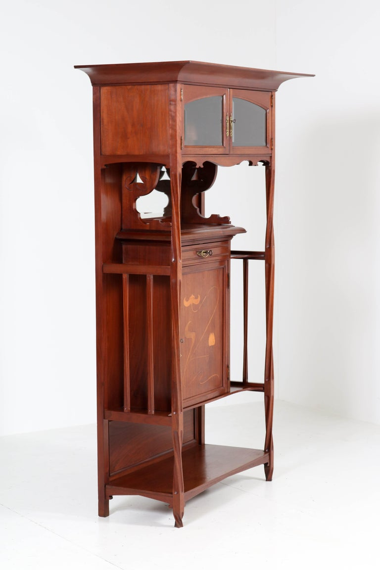 Walnut Arts & Crafts Art Nouveau Cabinet by Royal H.P. Mutters & Zoon, 1900s For Sale 3
