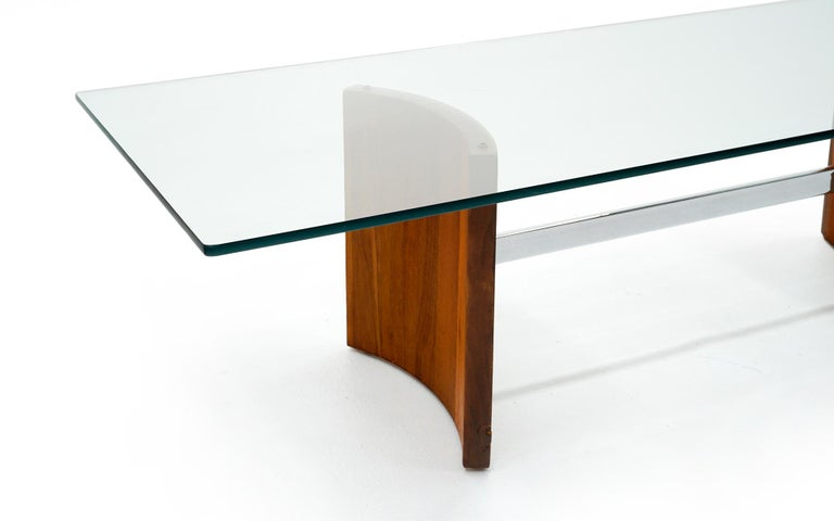 American Walnut, Chrome and Glass Coffee Table by Vladimir Kagan for Selig, 1960s For Sale