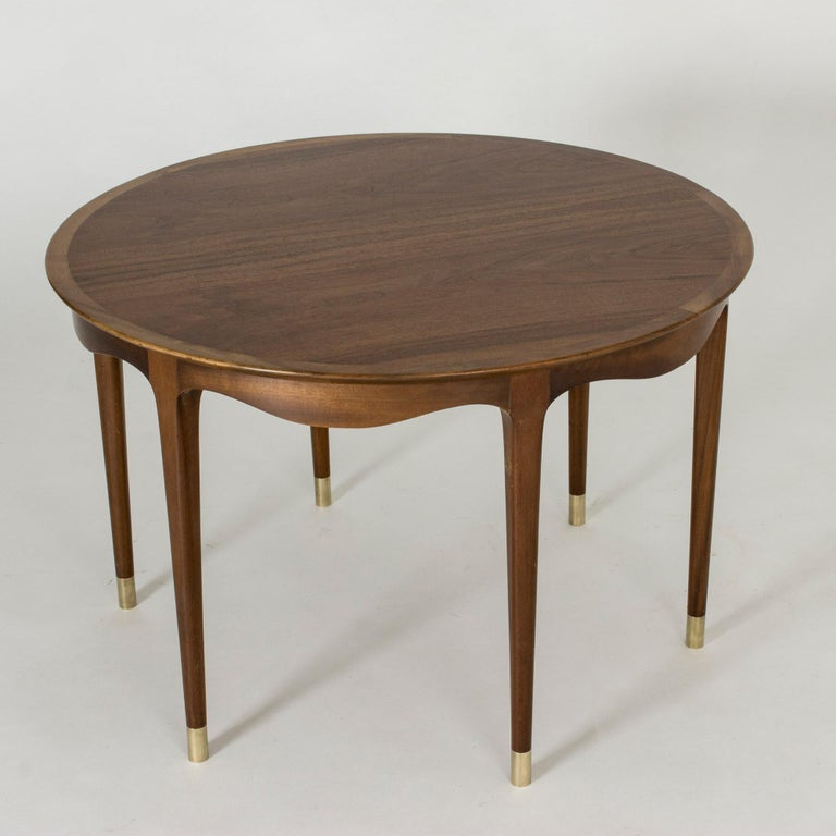 Scandinavian Modern Walnut Coffee Table by Ole Wanscher For Sale