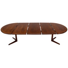 Walnut Danish Mid-Century Modern Round Dining Table, 3 Extension Leaves Boards