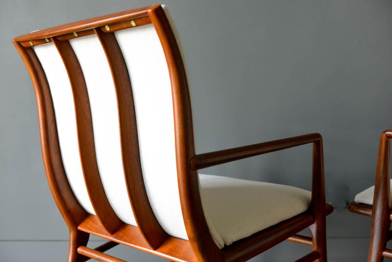 Walnut Dining Chairs by T.H. Robsjohn-Gibbings for Widdicomb, ca. 1960 For Sale 5