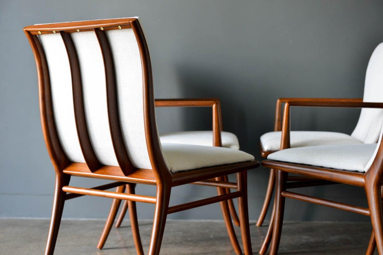 Walnut Dining Chairs by T.H. Robsjohn-Gibbings for Widdicomb, ca. 1960 In Excellent Condition For Sale In Costa Mesa, CA