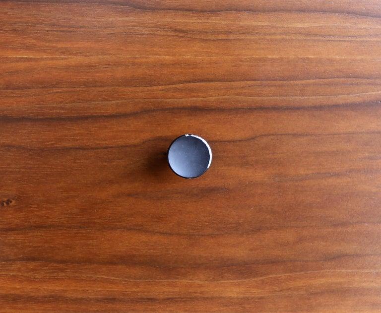 Walnut Dresser by Dresser by Robert Baron for Glenn of California For Sale 2