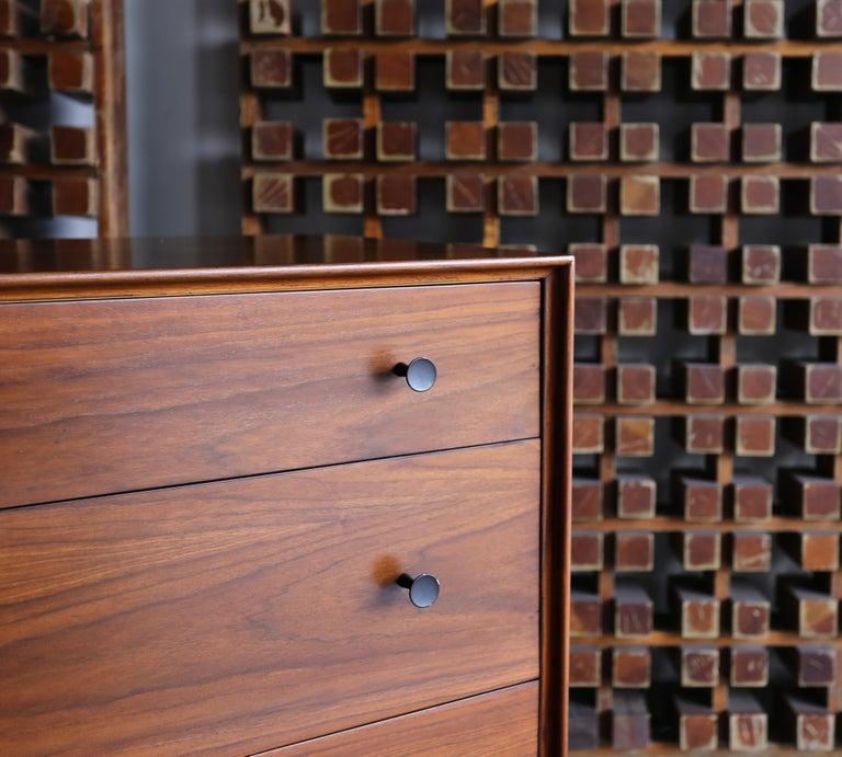 Walnut Dresser by Dresser by Robert Baron for Glenn of California For Sale 3