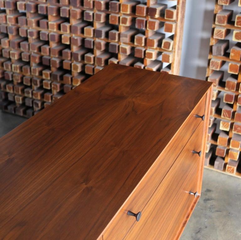 20th Century Walnut Dresser by Dresser by Robert Baron for Glenn of California For Sale