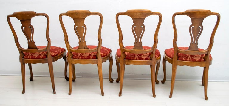 Walnut Dutch Chairs of the 20th Century with Maple Wood Inlays, Netherlands In Fair Condition For Sale In Cerignola, Italy Puglia