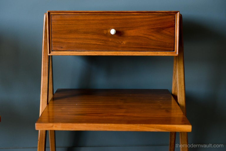 Mid-20th Century Walnut Floating a Frame Nightstands by Kipp Stewart for Drexel, 1958 For Sale