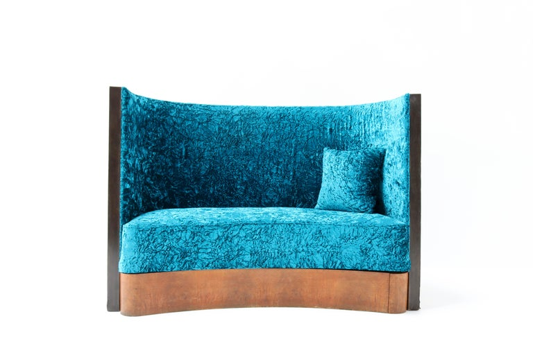 Magnificent and rare Art Deco settee or sofa.