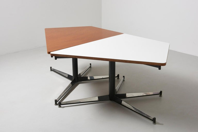 Walnut HBK table by Willy Van Der Meeren For Sale 6