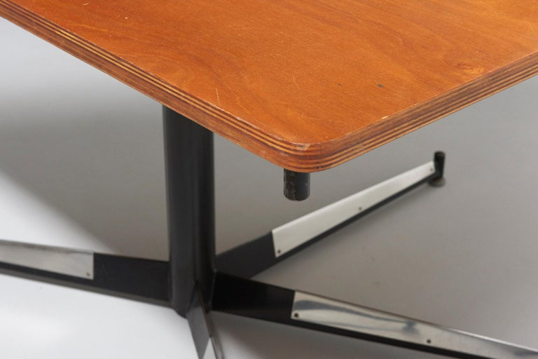Mid-20th Century Walnut HBK table by Willy Van Der Meeren For Sale