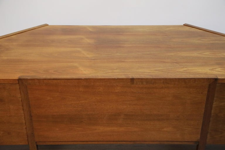 Walnut Hexagon Desk by Edward Wormley for Dunbar, Signed, circa 1960 For Sale 9