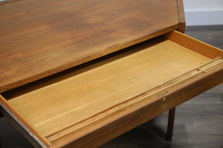 Walnut Hexagon Desk by Edward Wormley for Dunbar, Signed, circa 1960 For Sale 13