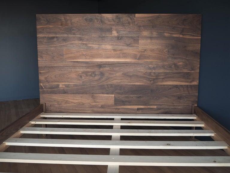 Walnussholz Bett von MSJ Furniture Studio 5