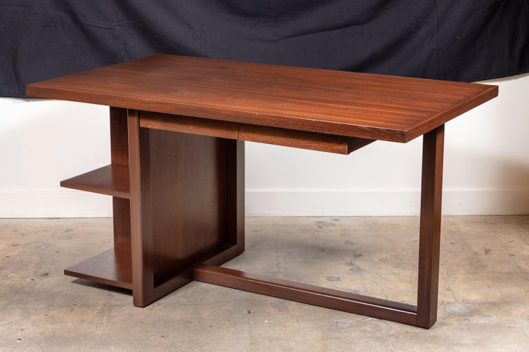 Walnut Ivanhoe Desk with Pencil Drawers by Lawson-Fenning For Sale 4